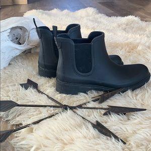 Madewell Chelsea rain boots